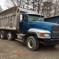 2001 Mack Tri Axle Dump Truck