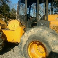 John Deere 640 Cable Skidder