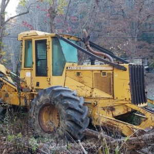John Deere Grapple Skidder