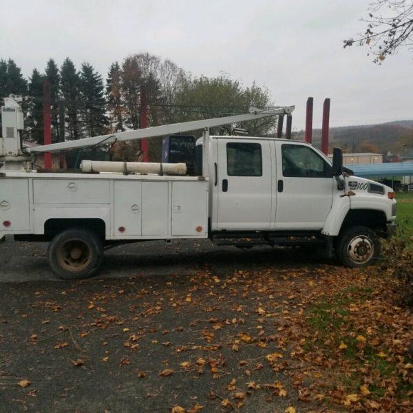2005 Chevrolet 4500 4x4 Duramax Diesel Service Truck