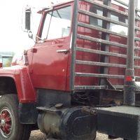 Ford 9000 Custom Deluxe Tri Axle Log Truck