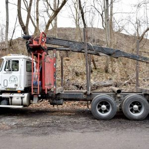CL713 Log Truck with Prentice 120 ext Boom Loader